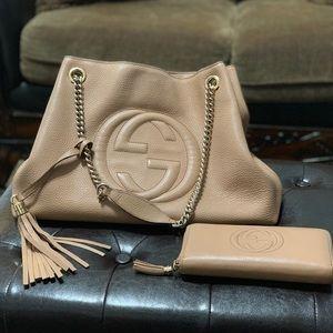 Gucci handbag (100% AUTHENTIC)